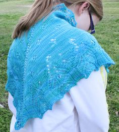 Luciole Shawl, pattern by Anne Hanson, knitted by me.