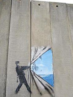 crafty graffitti art. I <3 stencil