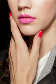 Make your manicure last! Here's how to get chip-proof nail polish