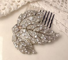 1920s Art Deco TRUE Vintage Rhinestone Silver Filigree Leaf Bridal Hair Comb Antique Heirloom Pave Leaf Fur Clip to Unique Haircomb GATSBY
