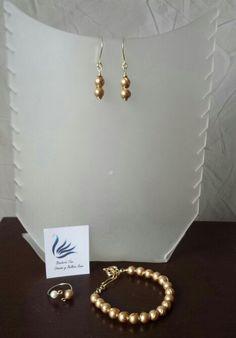 Pulsera aretes y anillo de perlas de swarovsky