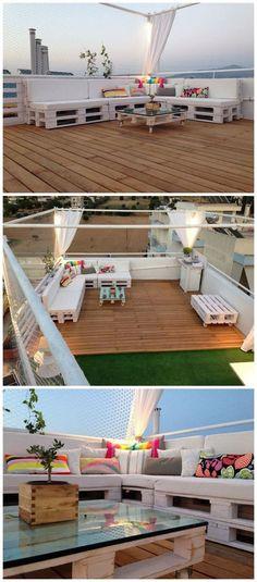 Cum sa-ti amenajezi terasa folosind paleti din lemn - 24 idei practice Daca locuiesti la casa si ai o terasa mare, iata idei practice de a folosi paletii din lemn pentru a-ti amenaja un loc minunat http://ideipentrucasa.ro/cum-sa-ti-amenajezi-terasa-folosind-paleti-din-lemn-24-idei-practice/