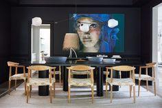 This dramatic dining room is swathed in Benjamin Moore's Jet Black (2120-10).   Photographer: Virginia Macdonald   Designer: Montana Burnett