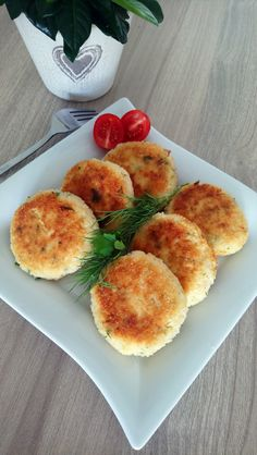Dumplings, Vegetarian Recipes, Food And Drink, Eggs, Vegetables, Cooking, Breakfast, Pierogi, Diet
