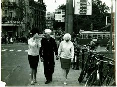 Damrak Amsterdam  Dolf Toussaint