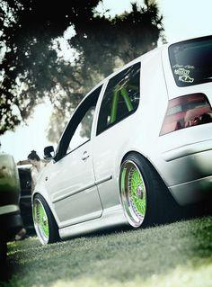 VW (Green)
