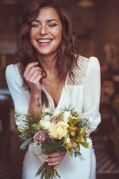 Que levante la mano quien vaya a ser una novia tatuada! http://www.unabodaoriginal.es/blog/de-la-cabeza-a-los-pies/complementos-de-novia/novias-tatuadas