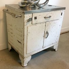 Turn of the century medical cart w/ casters Howell Furniture, Washing Machine, Cart, Dresser, Home Appliances, Medical, Home Decor, Covered Wagon, House Appliances