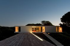 The holiday house designed by Pedro Reis is located in Melides, on the southern Alentejo Coast, Grândola, Portugal. Designed by Pedro Reis, the client's wi Minimalist House Design, Minimalist Architecture, Interior Architecture, Melbourne Architecture, Minimal Design, Portugal, Style At Home, Villa, Design Jardin