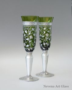 #Champagne #Glasses #Wedding Glasses Toasting by NevenaArtGlass