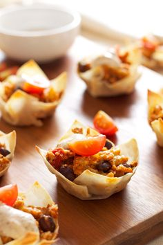 Mini Taco Cups | Recipe Runner | All your favorite taco flavors in an edible wonton cup! #appetizer #gamedayeats #tacos