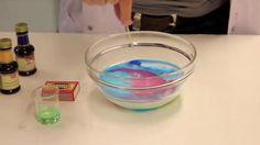PINTAJännää. Pintajännitystä tutkimalla voi yhdistää kemian taiteeseen.