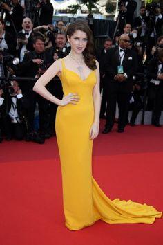 Les looks les plus spectaculaires du Festival de Cannes 2016 : Inspirez-vous des stars pour votre tenue d'invitée Image: 6
