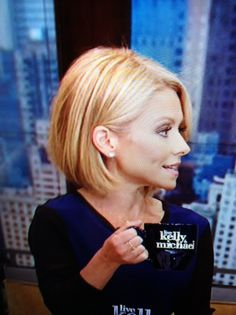 Kelly Ripa bob haircut - I love being able to wear my hair up but this could sway me....she wears it straight and curly and it's adorable both ways