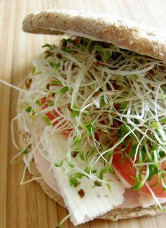 Desayuna un rico sándwich con germen de trigo http://www.comunidadorganica.com/