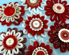 Love the retro feel of these chenille flowers