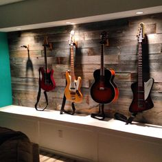 Reclaimed fence boards feature wall w/guitars Guitar Wall, Guitar Room, Guitar Display Wall, Home Music Rooms, Music Studio Room, Home Recording Studio Setup, Music Wall, Fence Boards, Wood Design