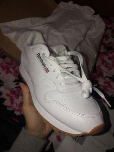 99c6ee9f2d6b8d Reebok Classic Leather White Gum Mens Running Tennis Shoes Item 49797   fashion  clothing