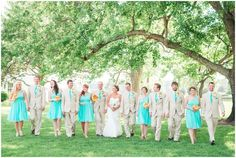 Inn at Warner Hall Wedding in Gloucester Virginia | Virginia Wedding Photographer | Teal and Yellow Daisy wedding at Virginia Estate Plantantion Wedding Venue