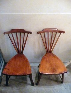 Not sure I like the tightly pinched waist on these chairs.. maybe a little wider waist and curved slats instead?