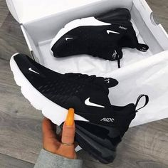 Nike Air Max 270 in black - one of the most popular sneakers this year! - Everything is here - Nike Air Max 270 in black – one of the most popular sneakers this year! Dr Shoes, Nike Air Shoes, Hype Shoes, Me Too Shoes, Sneakers Nike, Yeezy Sneakers, Black Shoes Sneakers, Nike Shoes For Women, Ladies Shoes
