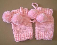Ideas For Knitting Art Fashion Boot Cuffs Crochet Leg Warmers, Baby Leg Warmers, Crochet Toddler, Crochet For Kids, Easy Knitting, Knitting Patterns, Fashion Boots, Fashion Art, Little Girl Nails