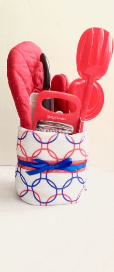 Blue and red towel cake. Perfect for housewarming gifts