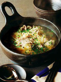 具はたったの2種類、 でもとびきりおいしい!|『ELLE a table』はおしゃれで簡単なレシピが満載!