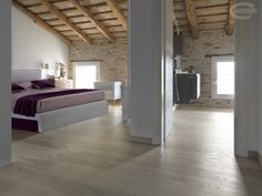 American Select OAK Brushed  Oiled or Rough Effect. Varnished whether in neutral finish, that reproduces the natural tone of the wood. Available in: bleached, Beige, Light Grey finish.