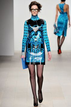 Holly Fulton | Fall 2012 Ready-to-Wear Collection | Vogue Runway