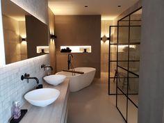 Een prachtige Wellness badkamer ontworpen en geleverd in Zuidlaren