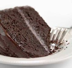 Delicious rich fabulous chocolate cake that just happens to be gluten-free. King Arthur Flour is proud to introduce the very best gluten-free chocolate cake mix youll ever bake. - April 20 2019 at Gluten Free Chocolate Cake, Chocolate Cake Mixes, Healthy Chocolate, Chocolate Frosting, Chocolate Chocolate, Gluten Free Baking, Gluten Free Recipes, Mugcake Recipe, Rich Cake