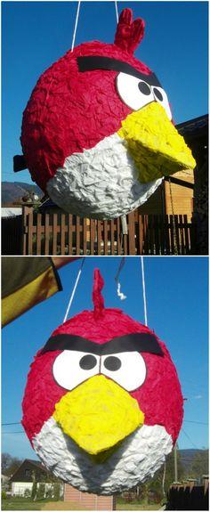 Super nápad na narozeniny - piňata Angry Bird. Jak takovou narozeninovou oslavu s piňatou provést najdete na www.pinata.cz