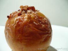 Essen aus Engelchens Küche: Bratapfel mit Marzipan-Nuss-Füllung