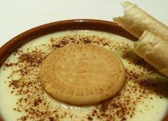 Ingredientes: Leche entera o semi, Huevos tamaño L, Maicena dependerá de la cantidad de leche, Esencia de vainilla, Canela en rama, Azúcar dependerá d...