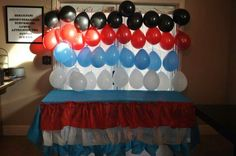 Suess table skirt and balloon backdrop