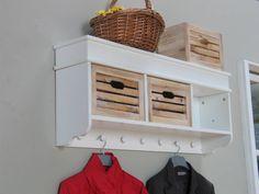 kapstok-meubel-wit-met-houten-manden-welkom.jpg (1024×768)