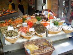 Fishmonger in #Paris