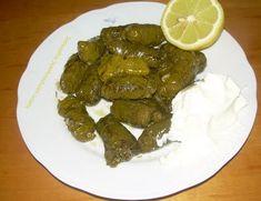 Ντολμάδες με αμπελόφυλλα - cretangastronomy.gr Ethnic Recipes, Food, Essen, Meals, Yemek, Eten