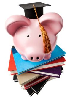 Need student banking advice? These experts have some pretty good insight!