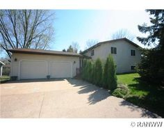 1615 W Mead St, Eau Claire, WI  54703 - Pinned from www.coldwellbanker.com
