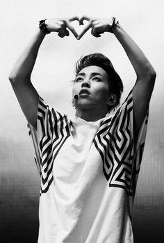EXO Xiumin this photo is just beautiful Kim Minseok Exo, Exo Xiumin, Kpop Exo, K Pop, Kris Wu, Btob, Kim Min Suk, Xiuchen, Exo Korean