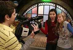 miranda cosgrove i carly tv show sea 6 photos | Nathan+kress+and+miranda+cosgrove+kissing+for+real