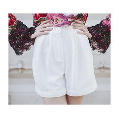 Details! Shortinho de alfaiataria que é puro amor, disponível no site pra vocês   #fashion #love #itgirl #moda #style #shoponline #NomadSoul  #lojabySiS  www.lojabysis.com.br