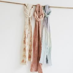 learn how to: dye Organic Muslin Scarves using onion skins, avocado skins and black beans! [guest post for hideous dreadful stinky]