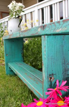 Beyond The Picket Fence: From Picnic Table to Bench http://bec4-beyondthepicketfence.blogspot.com/2012/06/from-picnic-table-to-bench.html