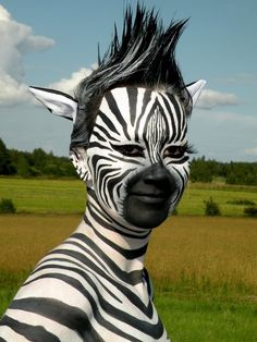 zebra human- this is going to be my face painting for Brandon's birthday Unique Halloween Makeup, Art Halloween, Halloween Costumes, Fairy Costumes, Zebra Makeup, Animal Makeup, Zebra Face Paint, Zebra Costume, Maquillaje Halloween