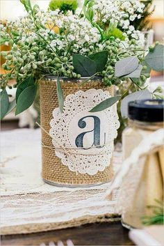 Decoración para bodas con latas de conserva #blonda #arpillera #decoración #bautismo