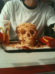 I think it's trying to say something about fast food....hmmm<< nope dis is Nico Di Angelo peoples