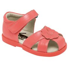 See Kai Run - Willa in Peach. View our current collection of girls' sandals now at seekairun.com